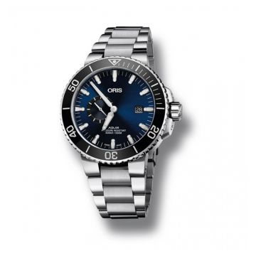 Oris Aquis Small Second Date 45.5mm Stainless Steel